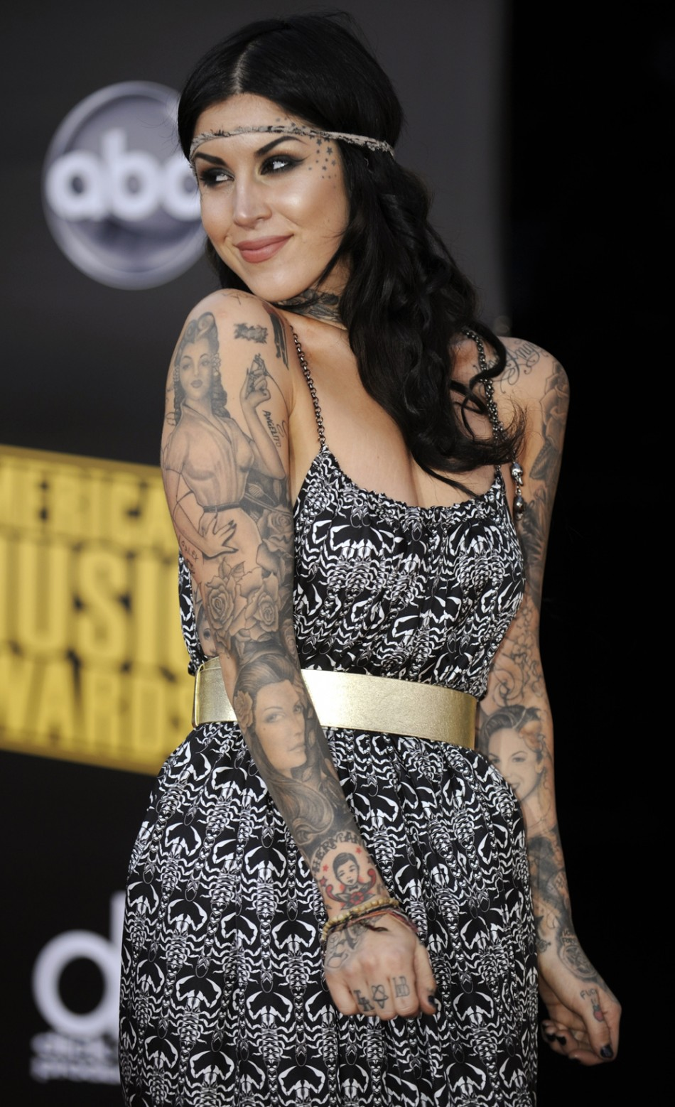 Tattoo Girl Von - Kat von d and jesse james break up again international business times