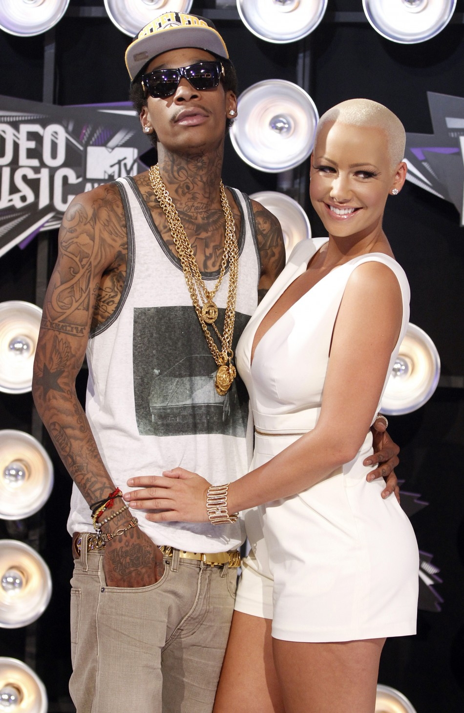 amber rose dating list After dating someone who enjoyed the limelight perhaps as much as he does amber rose alleged kim was texting kanye during their.