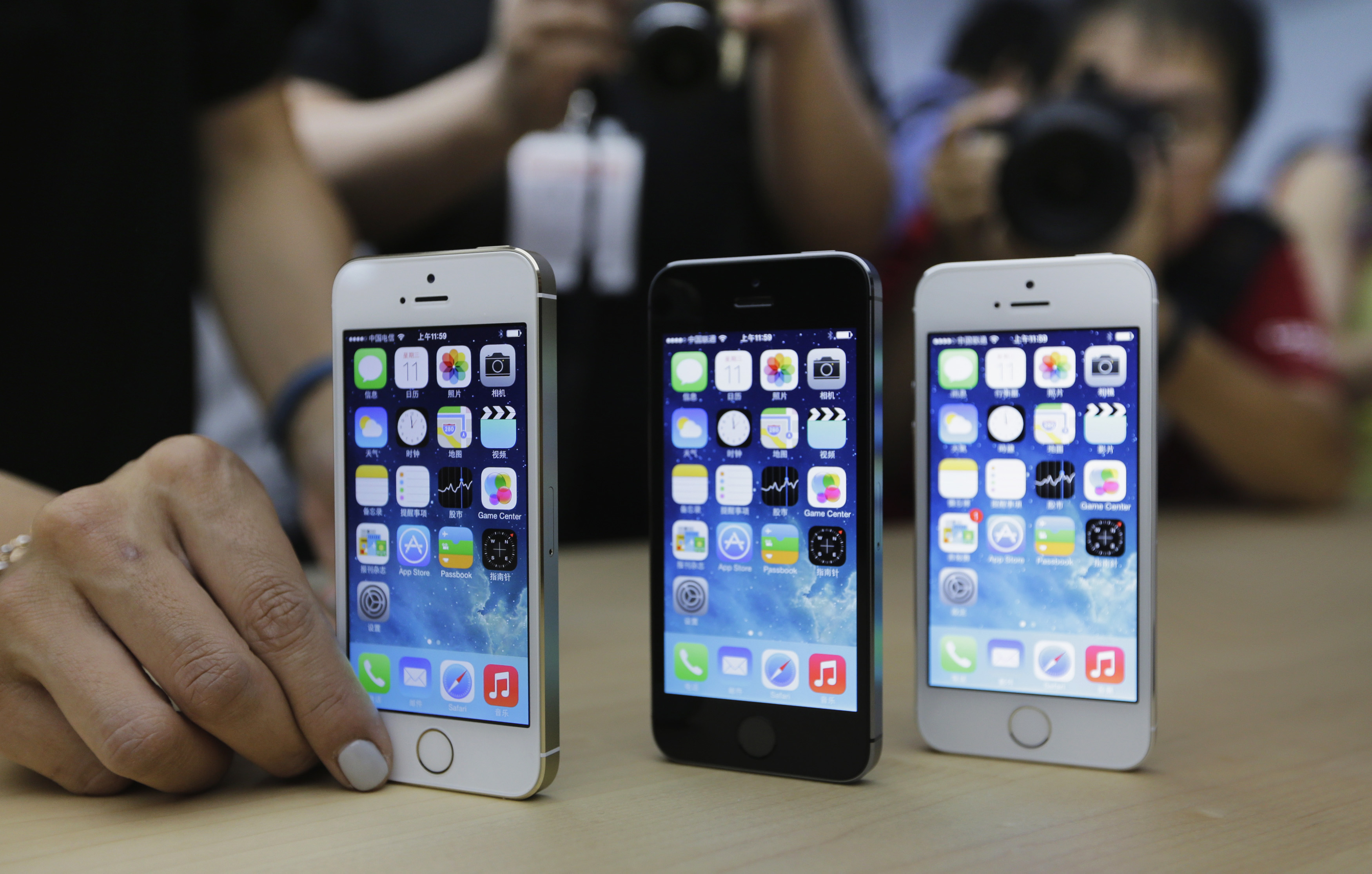 how much iphone 5s apple iphone 5s review much more than just a features and 14280
