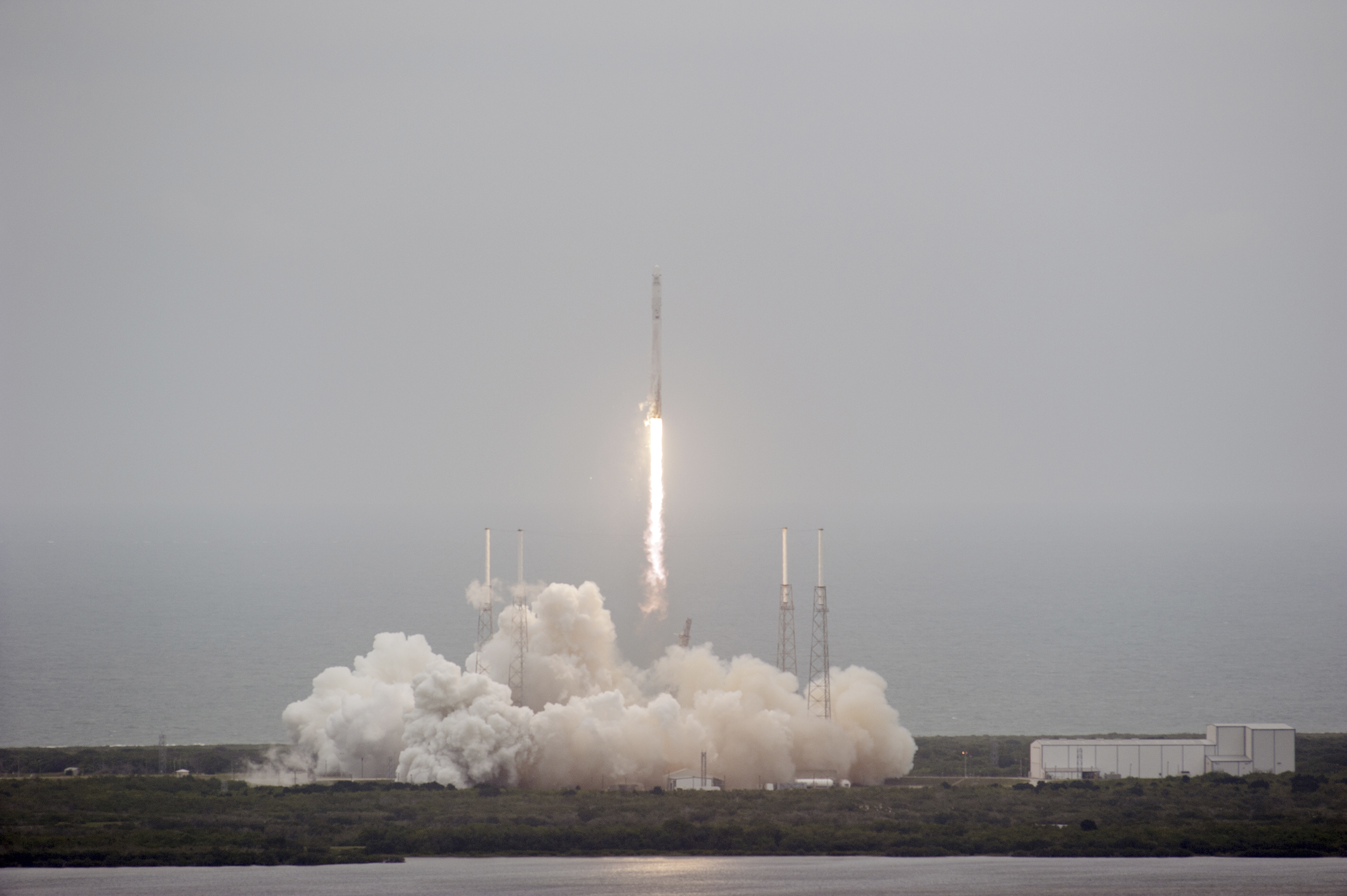 SpaceX Rocket Explodes: F9R Vehicle Experiences 'Anomaly ...