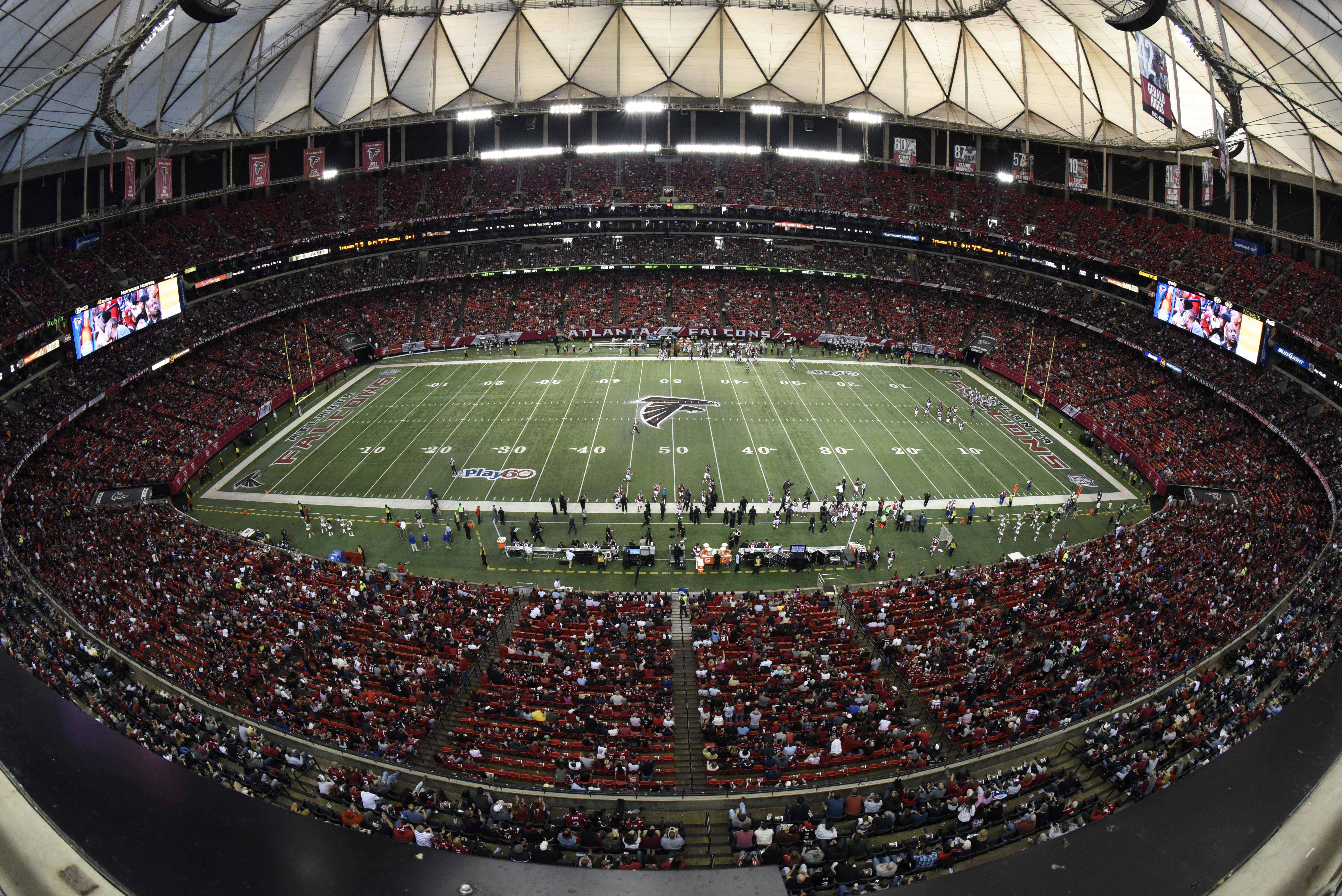 Atlanta falcons new stadium mercedes benz buys naming for Atlanta ga mercedes benz stadium