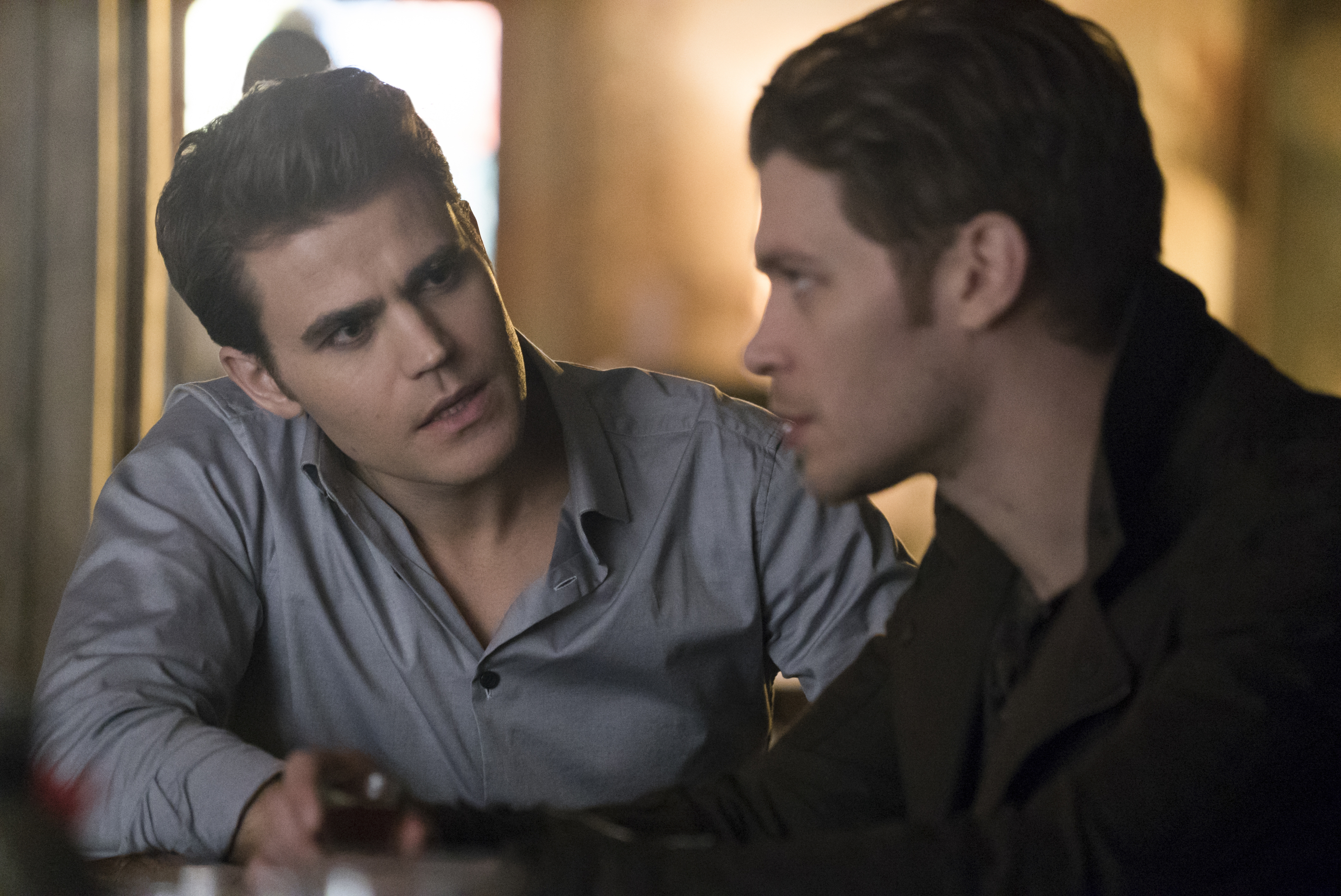 http://s1.ibtimes.com/sites/www.ibtimes.com/files/2016/02/25/vampire-diaries-714.jpg