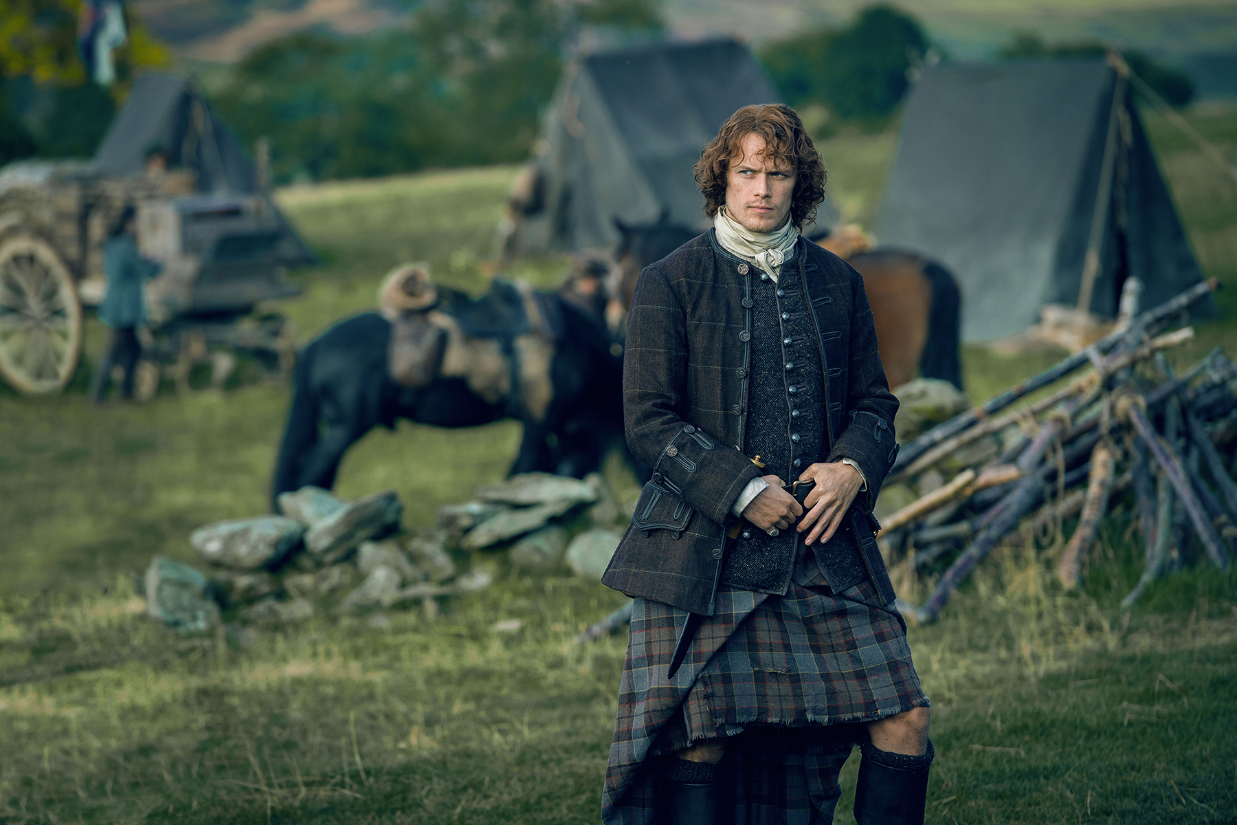 'Outlander' Season 3 Starts Filming; Sam Heughan Jokes ...