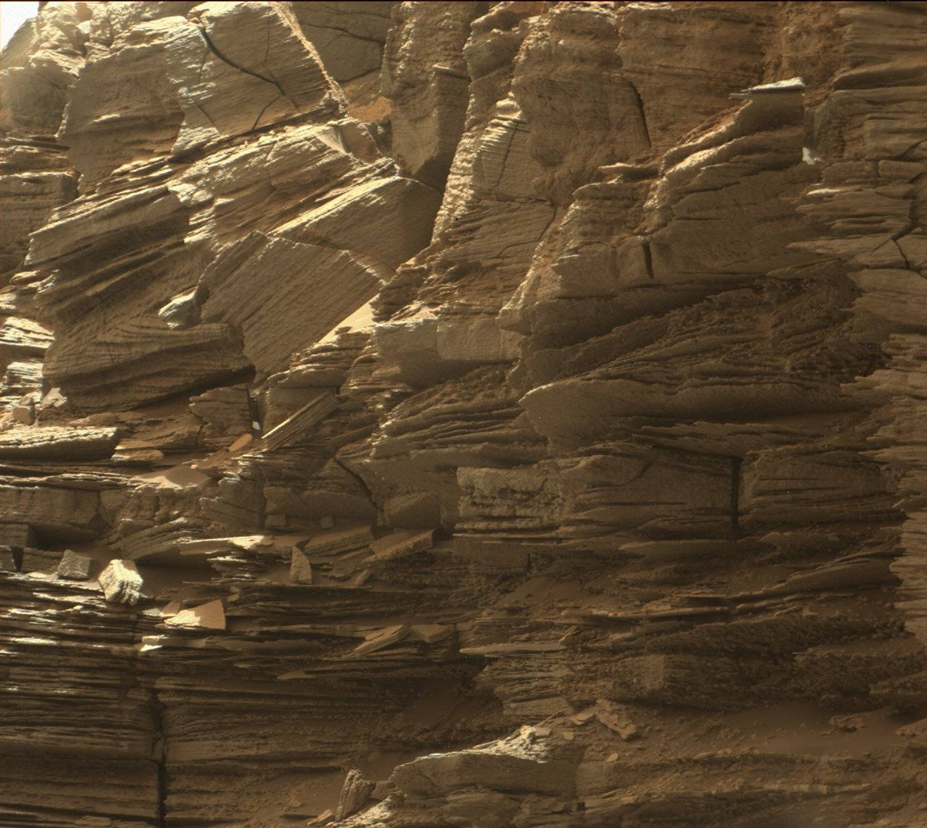 NASA's Mars Rover Just Took Some Amazing Pictures Of The ...