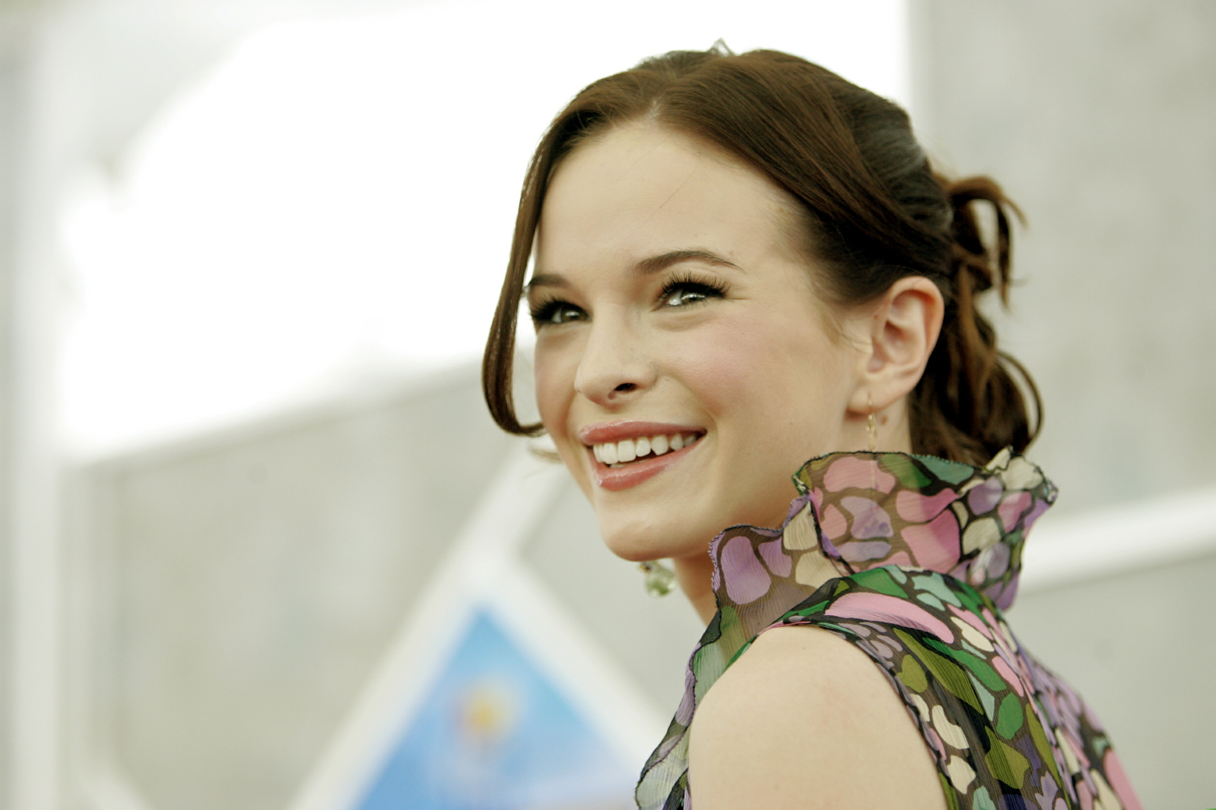 'The Flash' Star Danielle Panabaker Talks Naperville Ahead ...