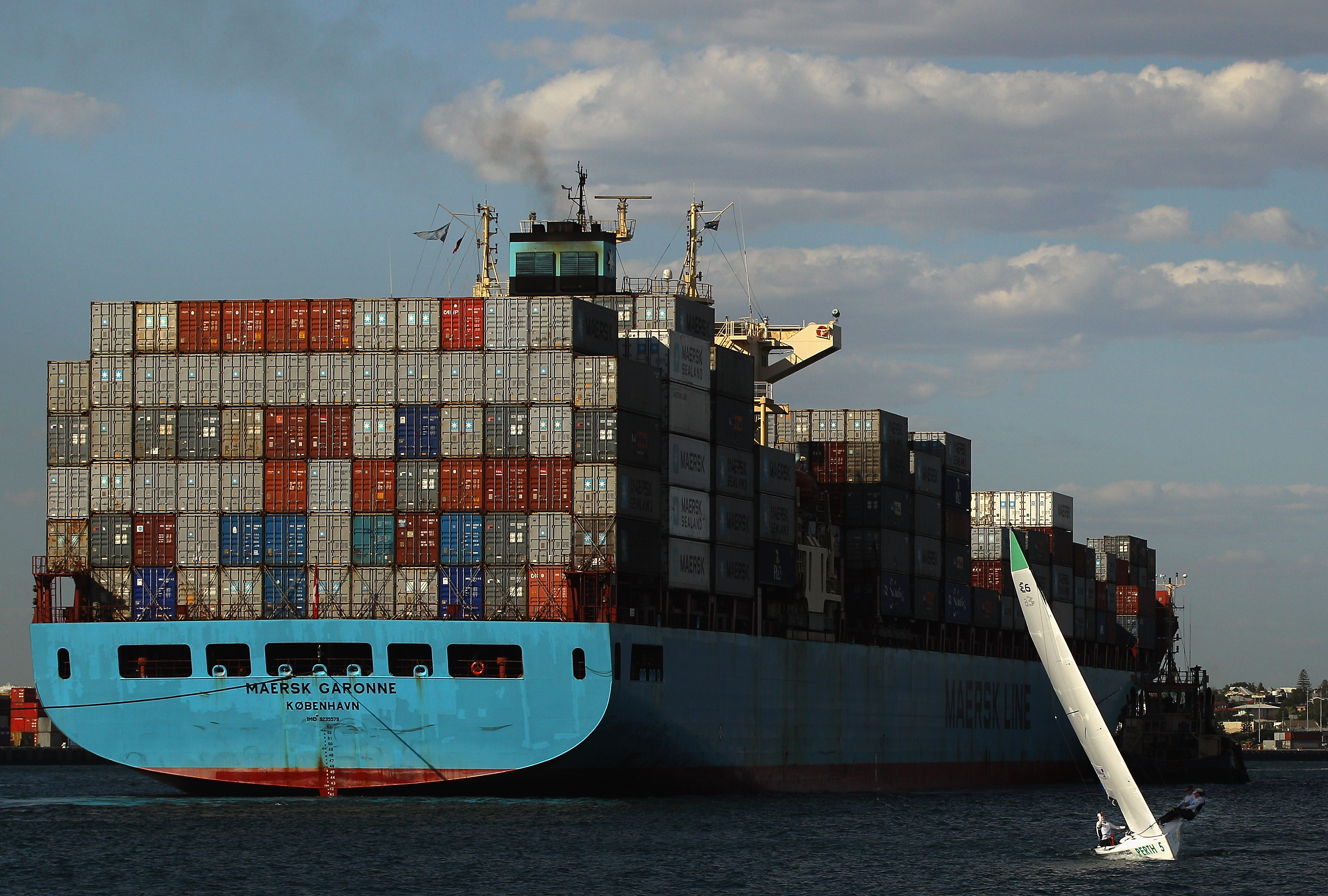 Russian cargo ship allegedly full of explosives detained in PE harbour