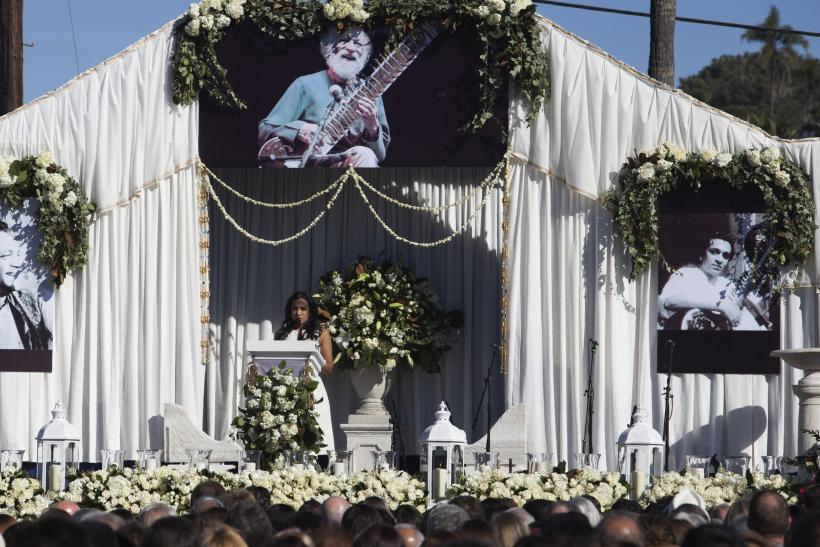 Tributes Pour In At Pandit Ravi Shankar Memorial Service