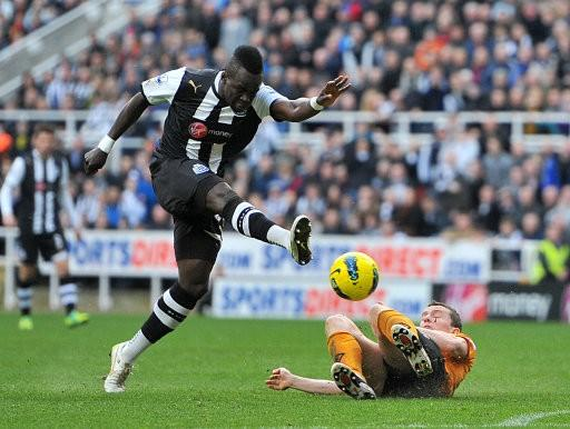 Arsenal Transfer Rumours: Arsene Wenger Determined to Land Chieck Tiote
