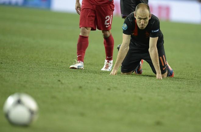 Euro 2012: Whats Wrong With The Dutch National Team?