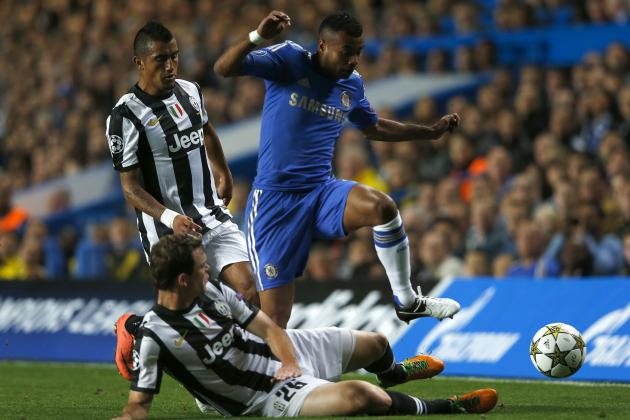 Why Ashley Cole's New Contract Is Great News For Chelsea FC
