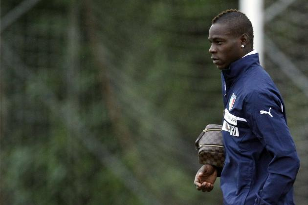 Mario Balotelli News: Carrington Fight Club Shows Cracks In An Edgy Relationship