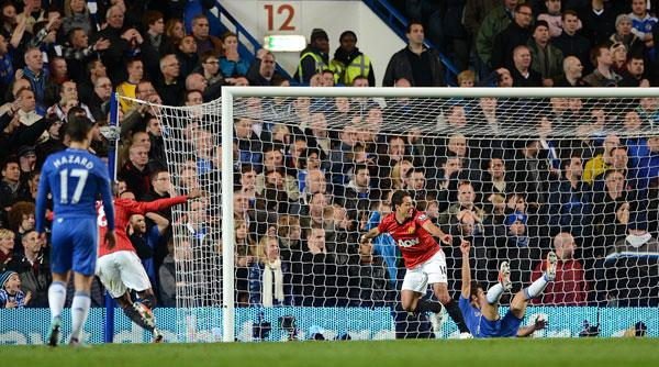 Chelsea Done In By Javier Hernandez Goal In High Scoring Affair