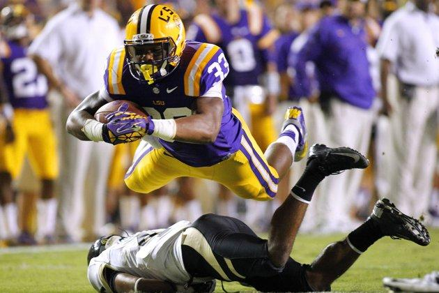 LSU Tigers Take On Clemson Tigers In Chick-Fil-A Bowl: Preview And Where To Watch Online