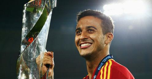 Barcelona Midfielder Alcantara Thiago's Move To Manchester United Is Imminent