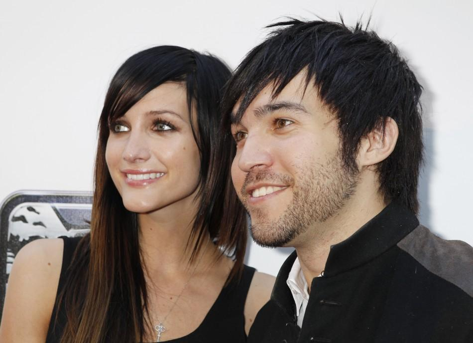 Singer Ashlee Simpson and husband, musician Pete Wentz.