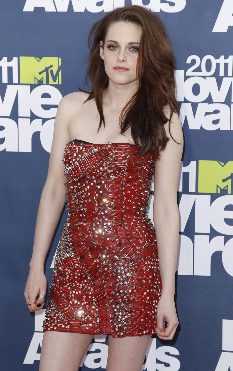 Who looked the best at the 2011 MTV Movie Awards?