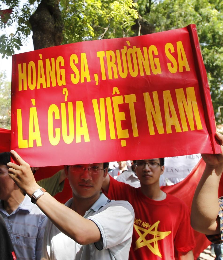 Vietnam protests Chinese aggression in South China Sea