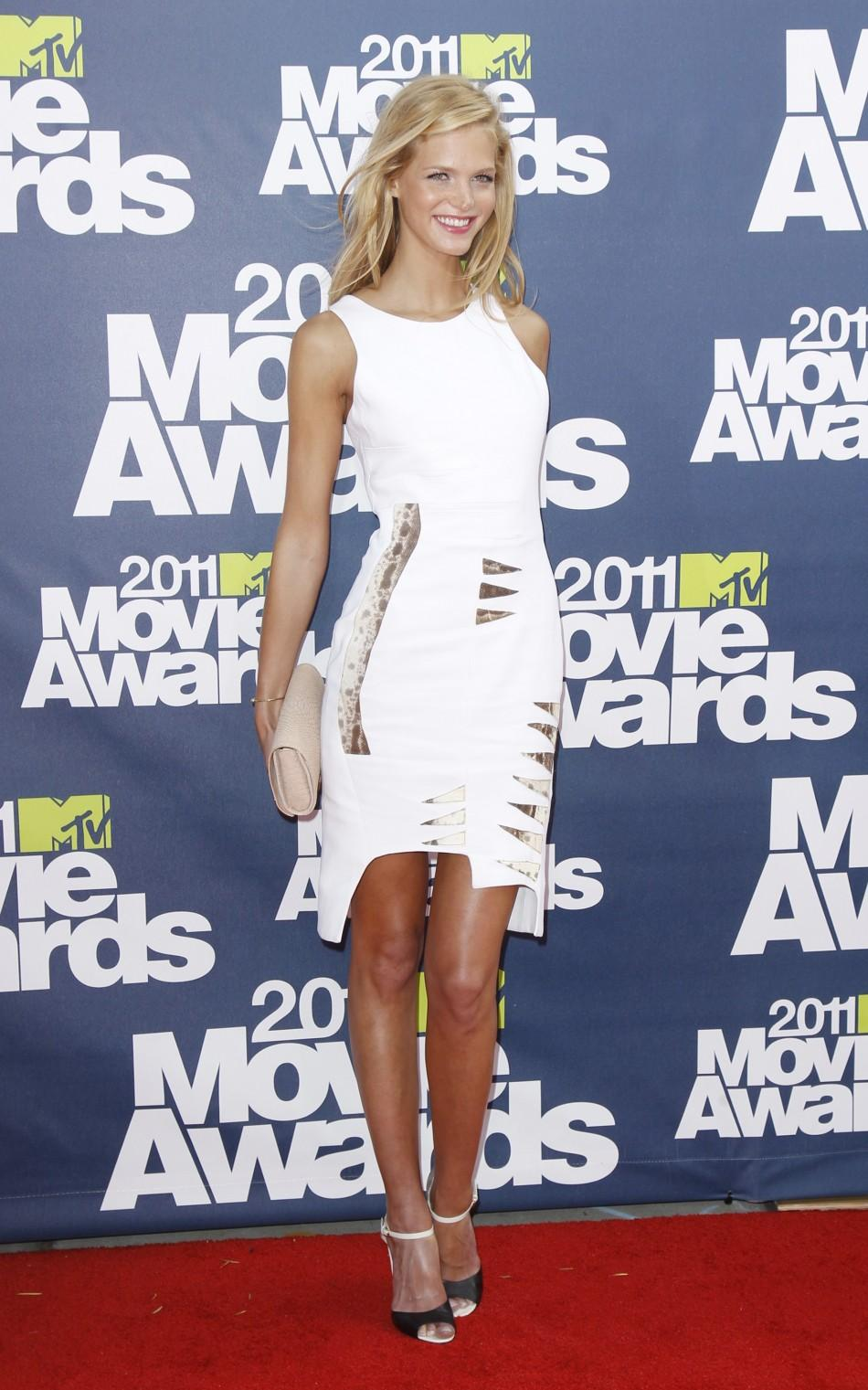 Model Erin Heatherton arrives at the 2011 MTV Movie Awards in Los Angeles, June 5, 2011.