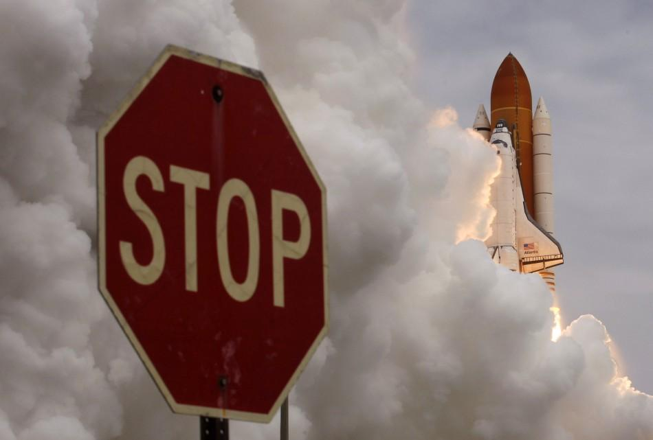 Latest pictures of Atlantis space shuttle launch.