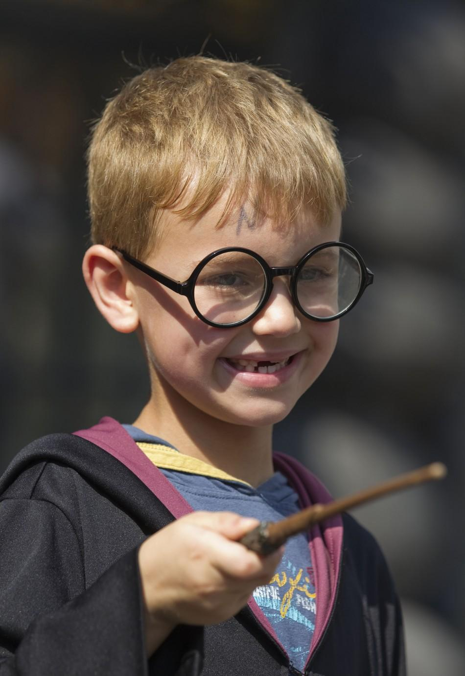 Most spectacular images of Harry Potter fans across the world.