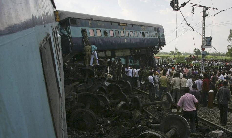 India Train Crash 6