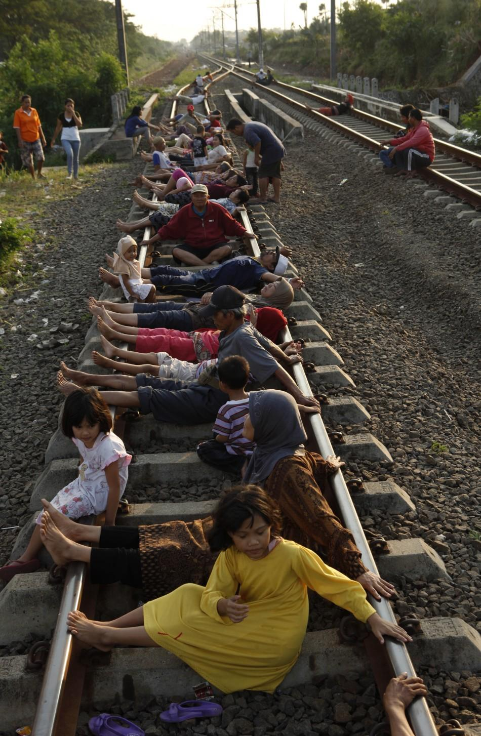 Indonesia rail tracks