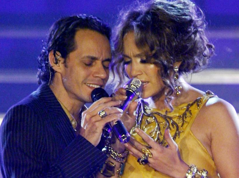 Entertainer Jennifer Lopez performs a duet with her husband Marc Anthony at the Taj Mahal casino in Atlantic City