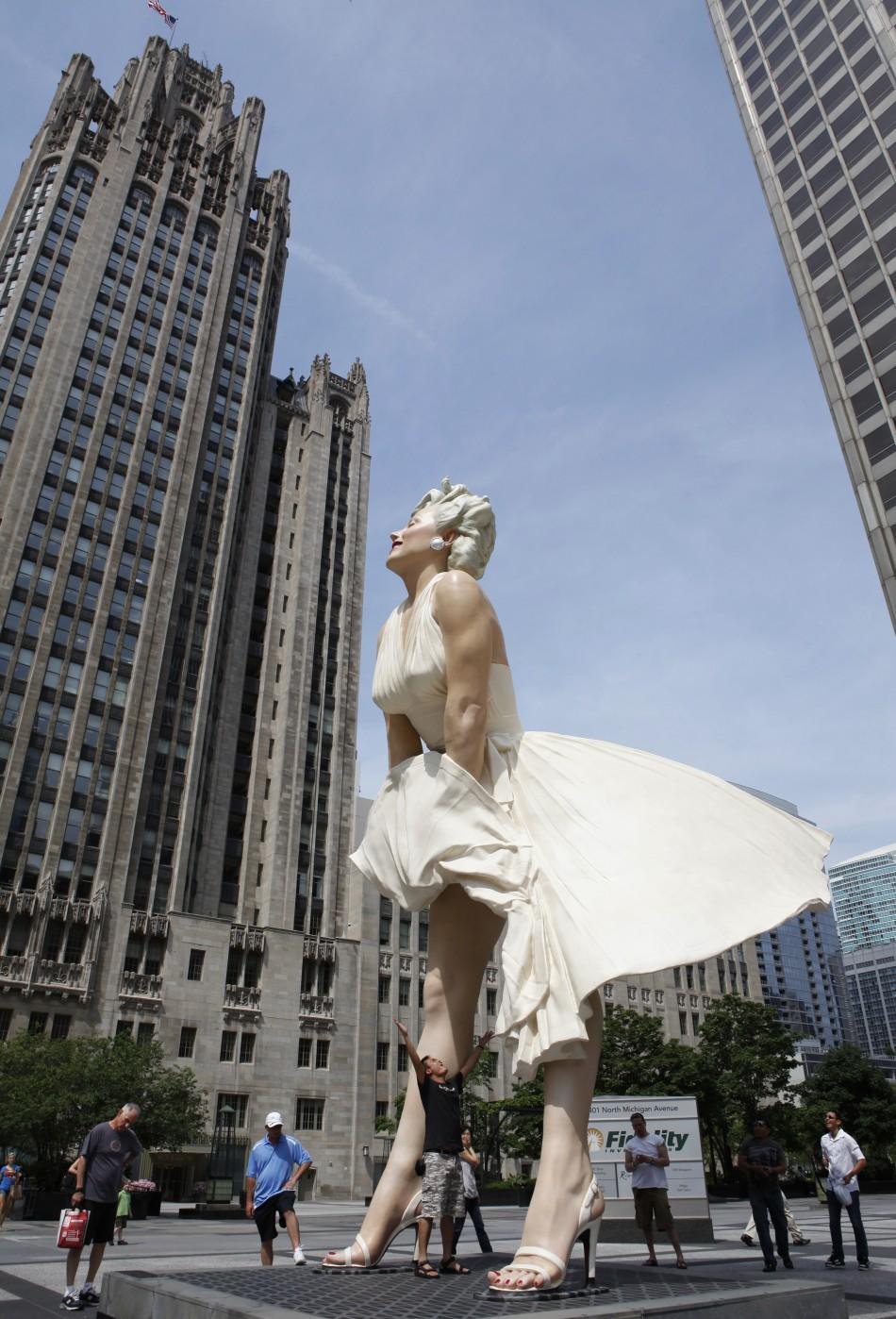 26-foot tall statue of Marilyn Monroe in Chicago