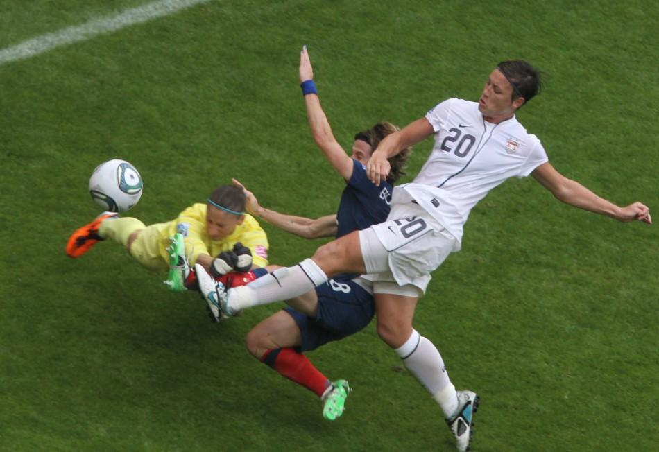 Abby Wambach (2 of 7)