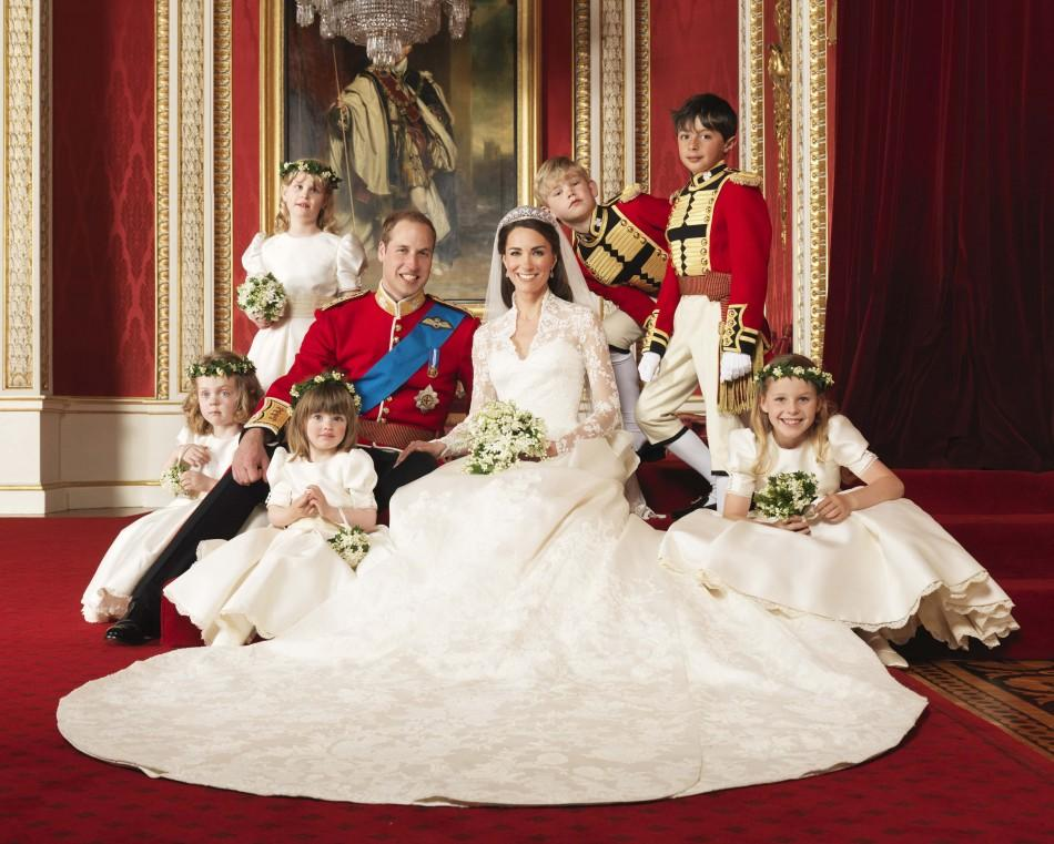 Kate's wedding dress and accessories will appear at Buckingham Palace exhibition