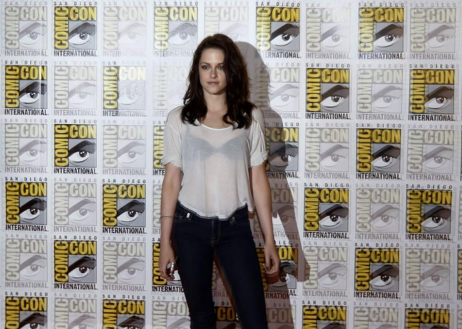 "Kristen Stewart poses to promote ""Breaking Dawn"" from the Twilight Saga at Comic Con in San Diego"