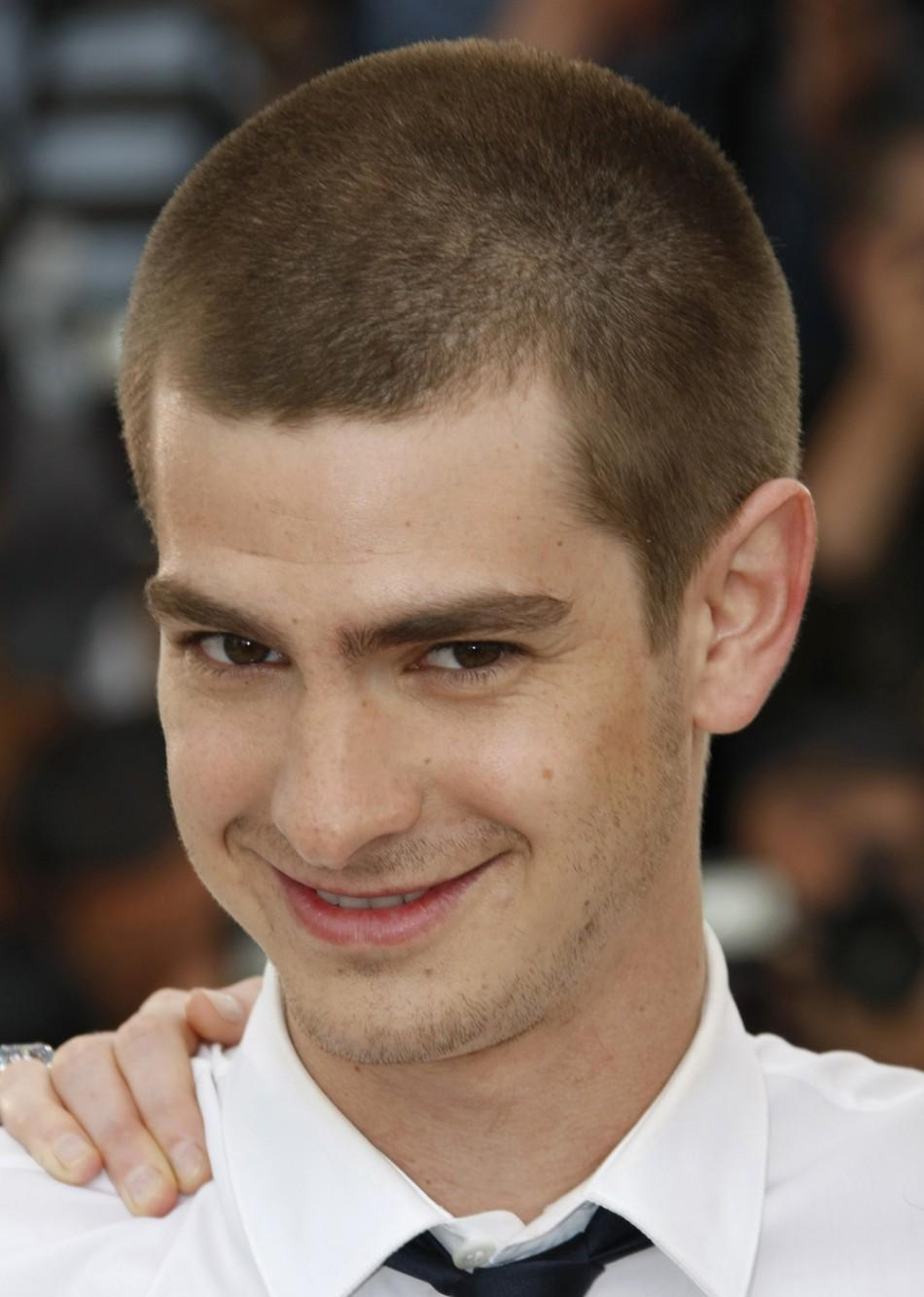 """Andrew Garfield poses during a photocall for the film """"The imaginarium of Doctor Parnassus"""