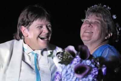 Two grandmothers in first legal gay marriage in New York (PHOTOS)