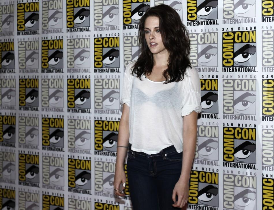 Kristen Stewart dresses casual in Comic Con 2011