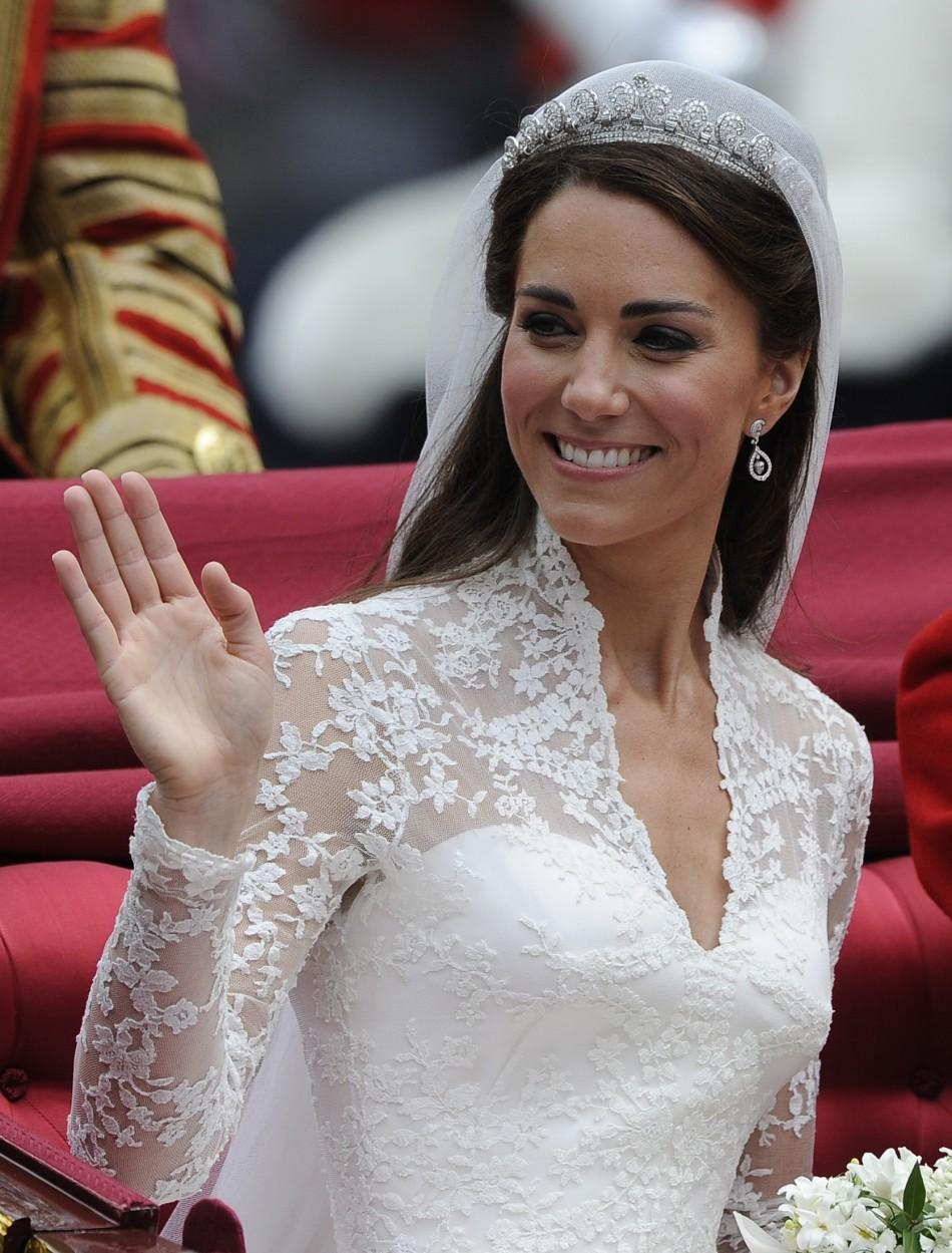 Bridal Dress: Kate Middleton
