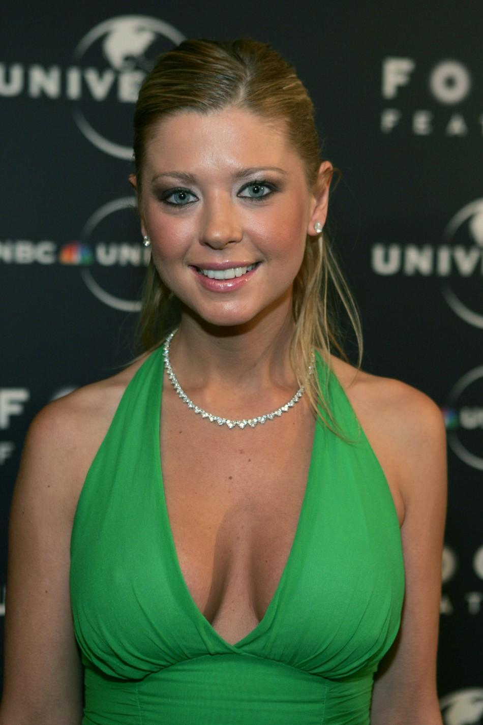 Tara Reid Green dress