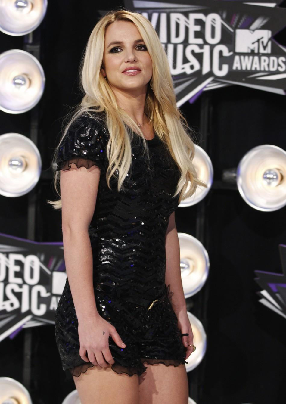 MTV Video Music Awards 2011: Top 10 Red Carpet Fashion
