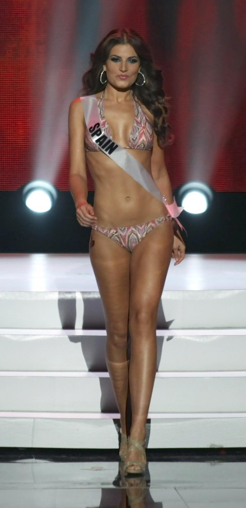 Photos: Miss Universe 2011 Swimsuit Competition