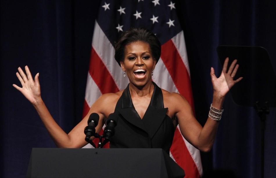 U.S. first lady Michelle Obama introduces President Barack Obama to speak at a fund raiser in New York September 20, 2011. Obama is in New York for the United Nations General Assembly.