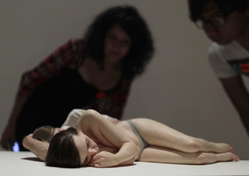 Life-like Human Sculptures in a Mexico Museum Amaze Visitors
