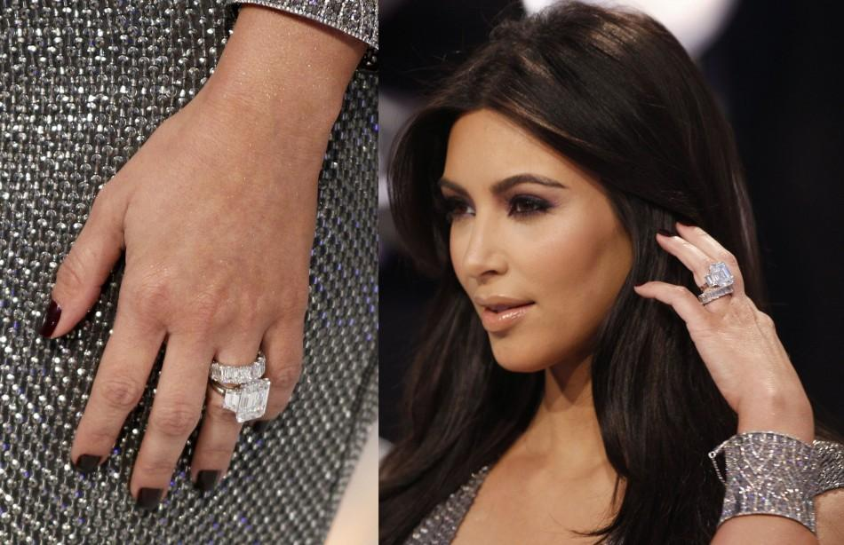 Kim Kardashianu0027s Wedding Ring Is Pictured As She Arrives At The 2011 MTV  Video Music Awards In Los Angeles August 28, 2011. REUTERS/Danny Moloshok