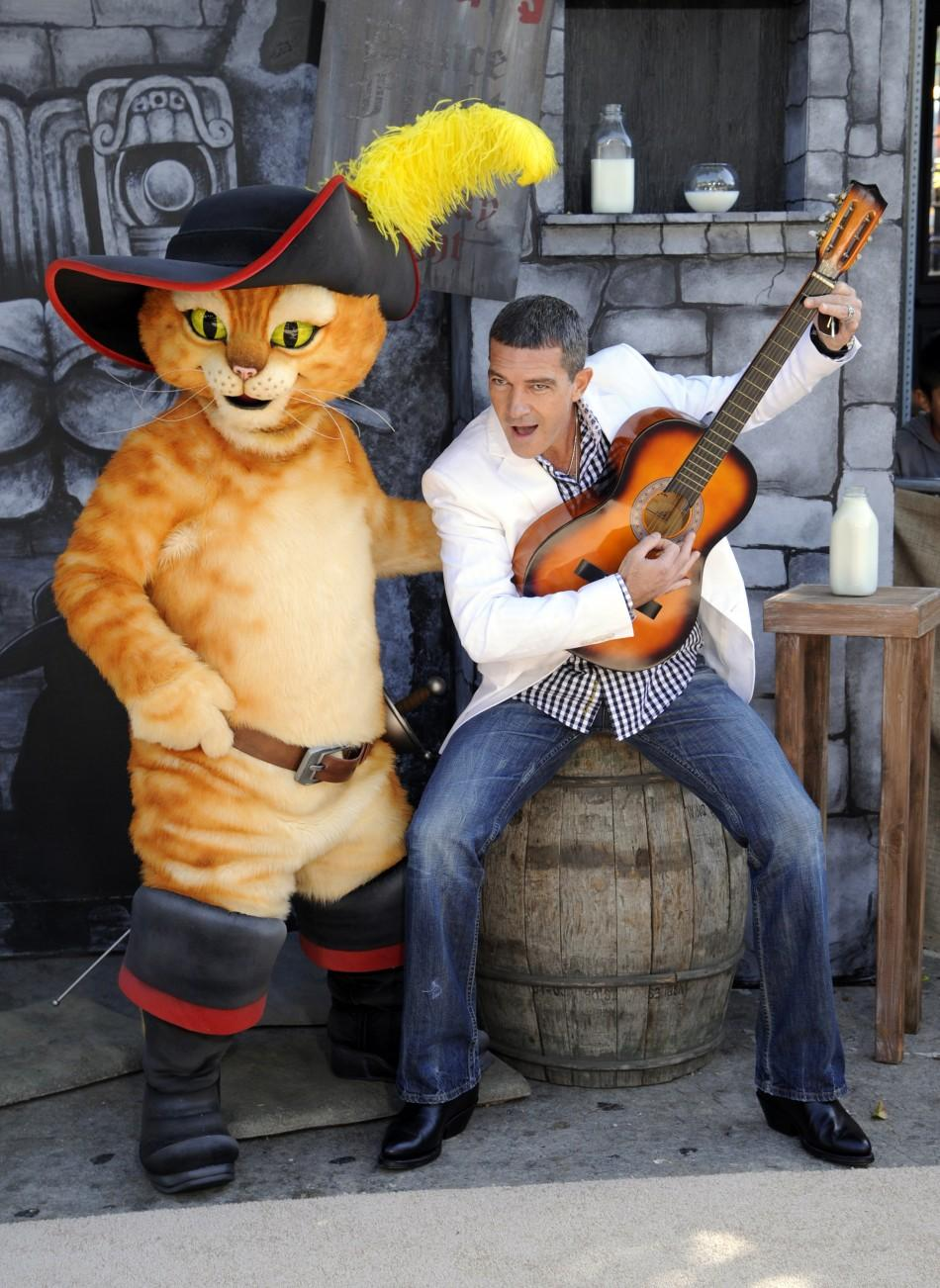 "Cast member Antonio Banderas attends the premiere of the animated film ""Puss In Boots"" in Los Angeles"