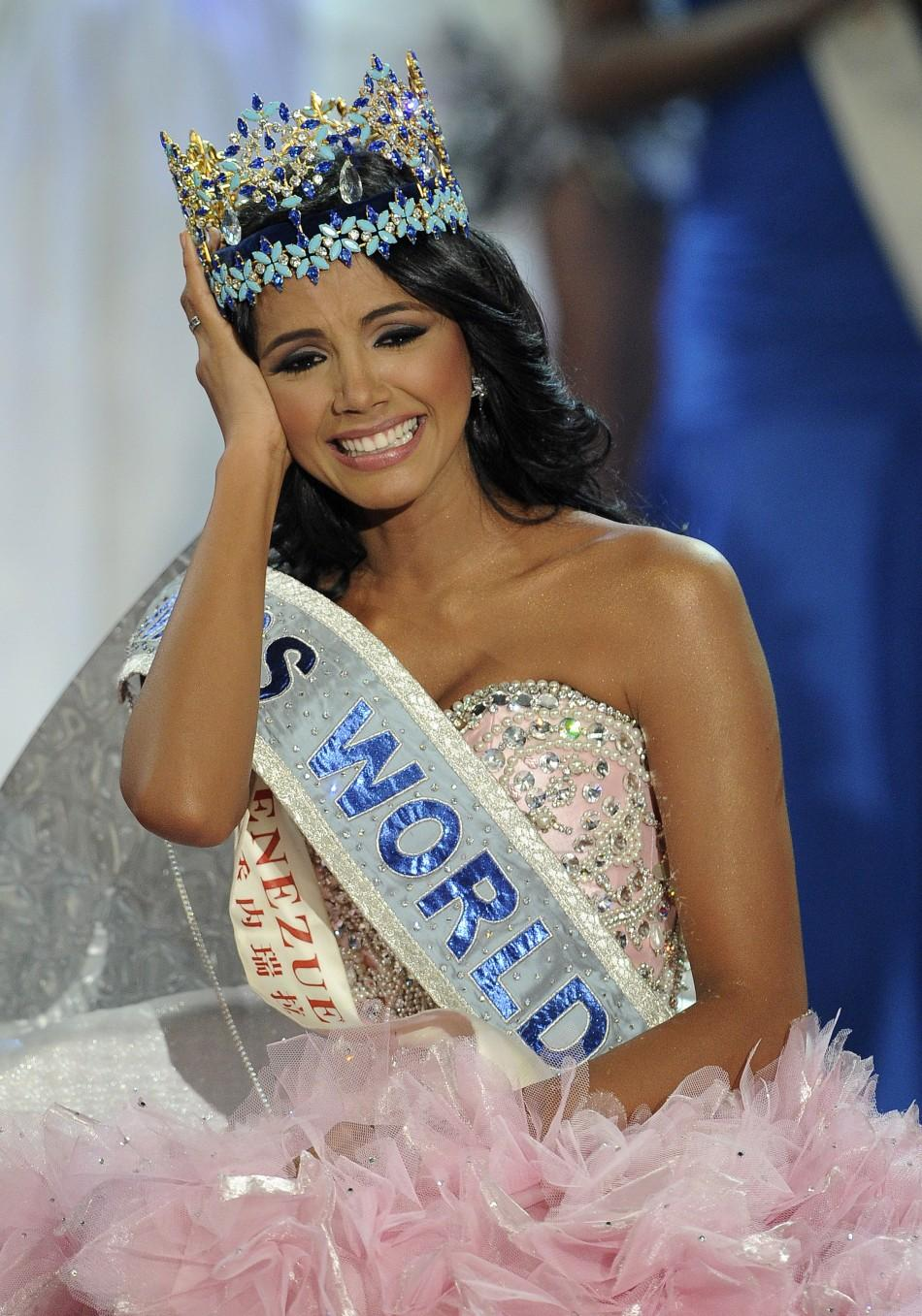 https://s1.ibtimes.com/sites/www.ibtimes.com/files/styles/embed/public/2011/11/07/185971-miss-world-2011-miss-venezuela-ivian-sarcos-wins-the-crown-full-covera.jpg