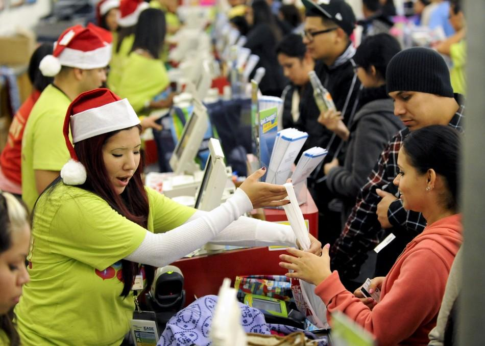 BBlack Friday 2011: Chaos Sweeps Nation on Retailers' Big Day