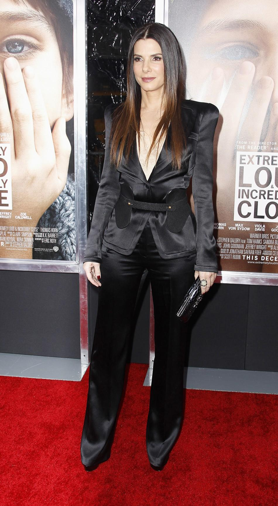 "Cast member Sandra Bullock arrives for the premiere of the film ""Extremely Loud and Incredibly Close"" in New York"