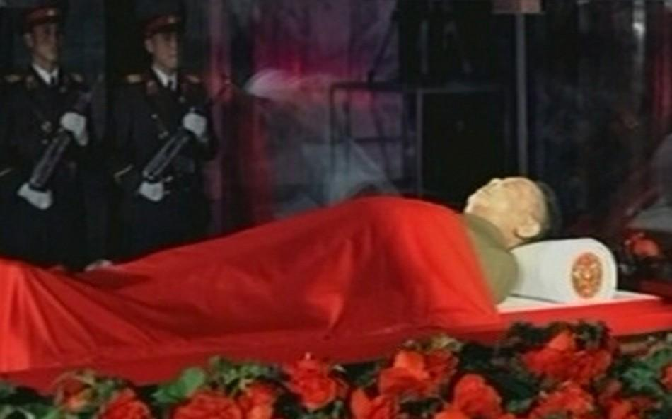 The body of North Korean leader Kim Jong-il lies in state at the Kumsusan Memorial Palace in Pyongyang in this picture released by the North's official KCNA news agency December 20, 2011. North Korea was in seclusion on Tuesday, a day after it announ