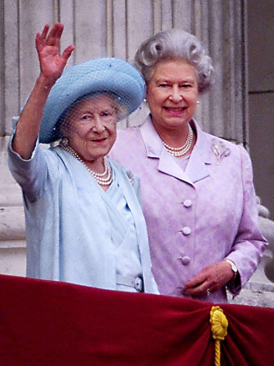 Queen Elizabeth's 60-Year Reign Celebrated through 60 Photographs
