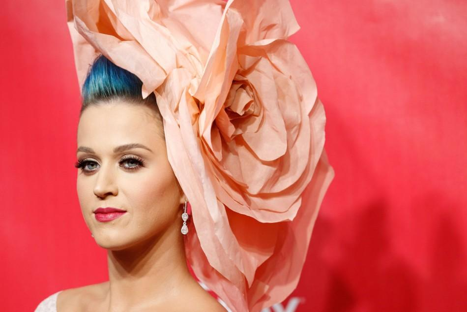 Katy Perry's Stunning Looks in First Big Appearance since Filing for Divorce
