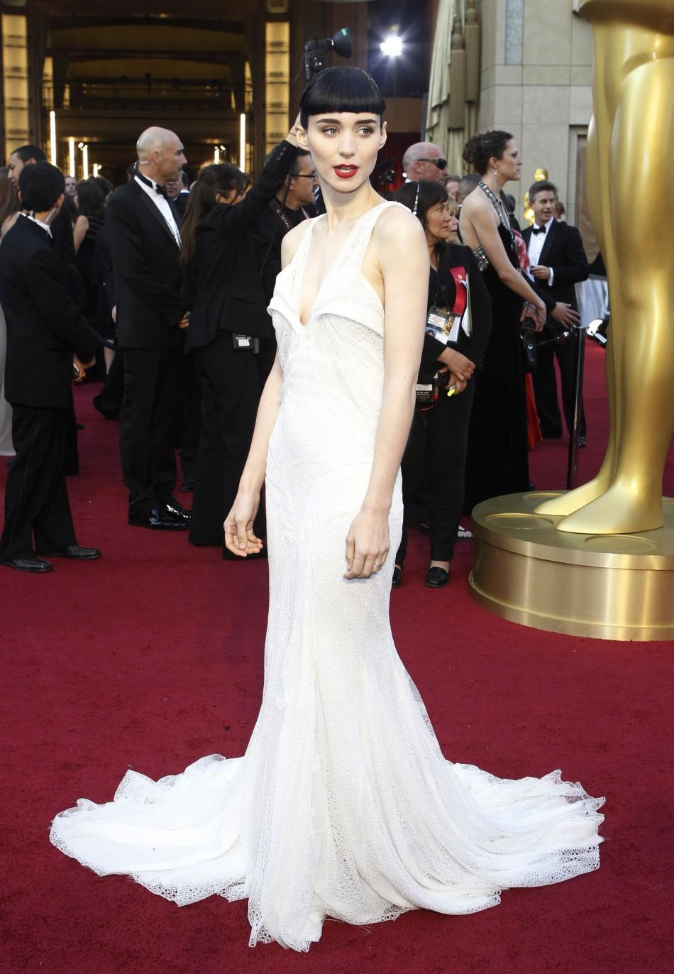 "Rooney Mara, best actress nominee for her role in ""The Girl with the Dragon Tattoo,"" arrive at the 84th Academy Awards in Hollywood, California, February 26, 2012."