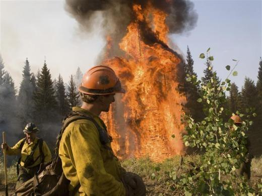 Western U.S. Wildfire Chokes Outdoor Tourism Prospects